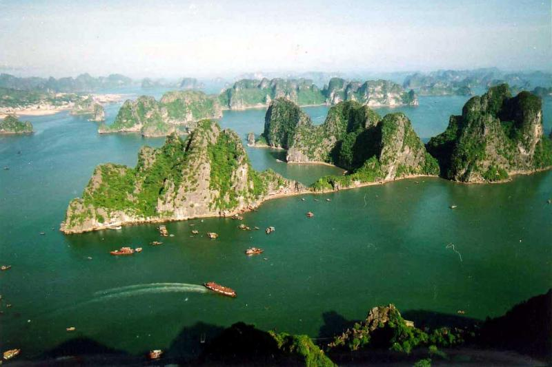 Vietnam Bus Tours