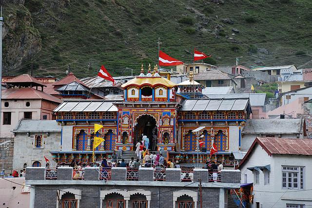 Badrinath Yatra India Tours