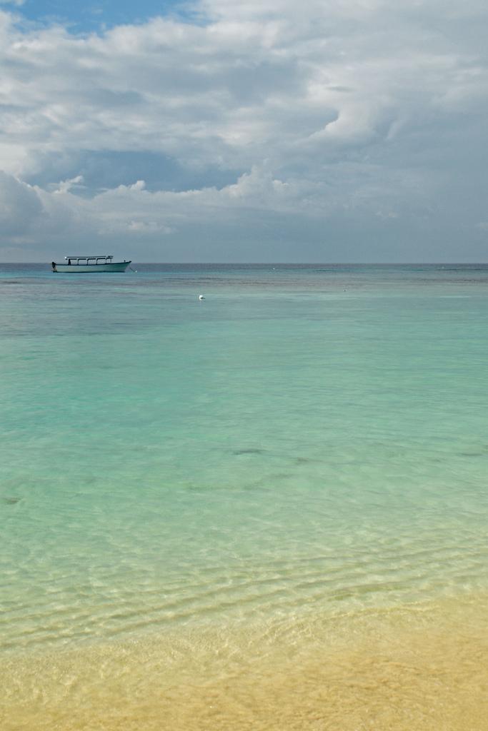 West Bay Honduras Beaches