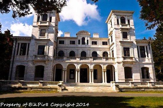 Afton United States Palace