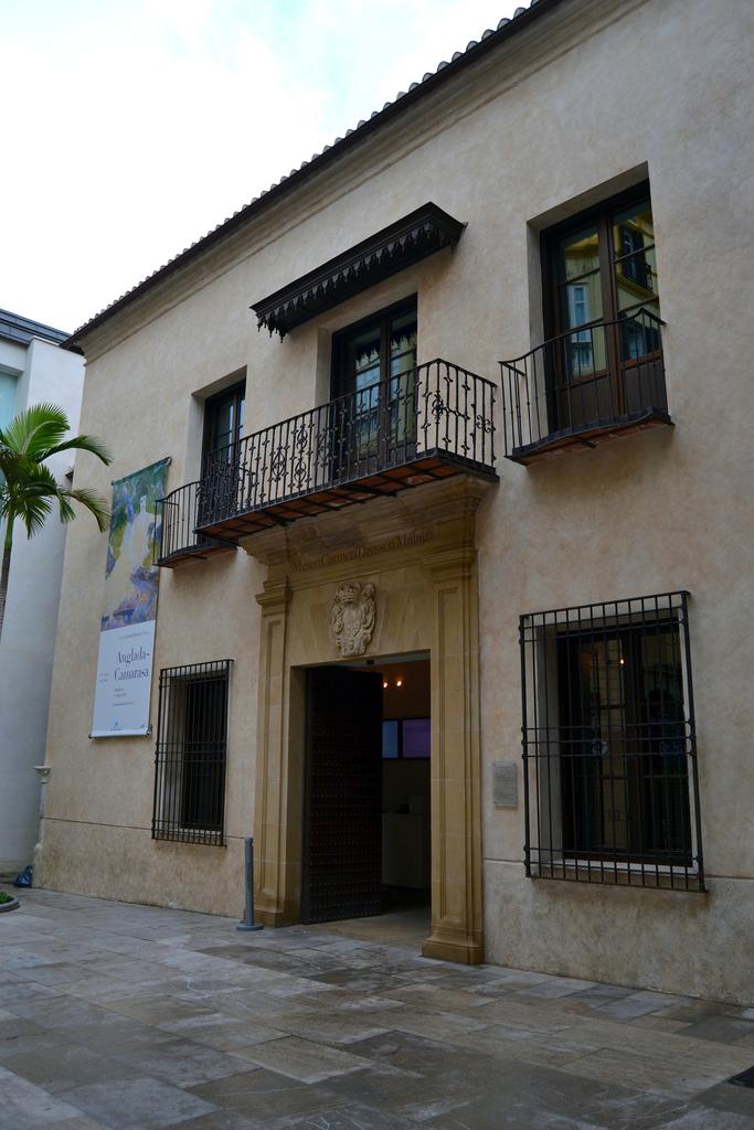 Museum s