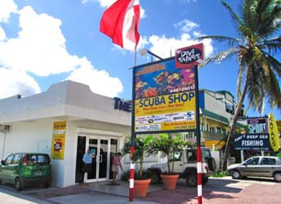 Simpson Bay Sint Maarten Shopping