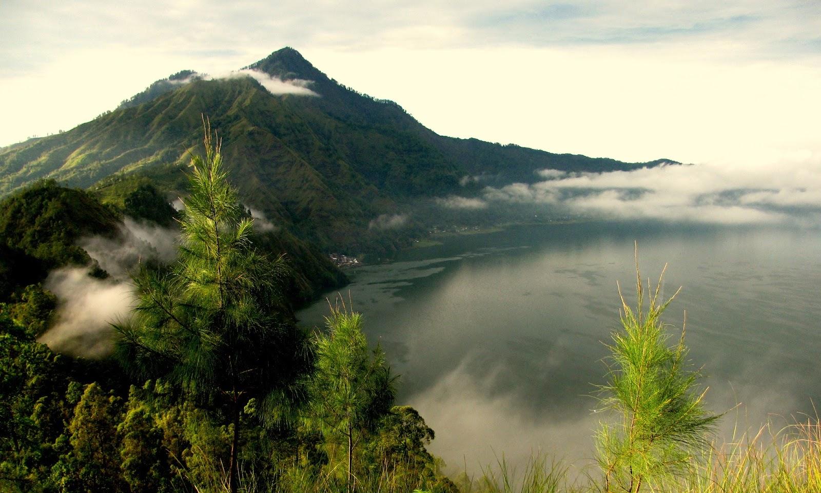 Gianyar Indonesia Tours
