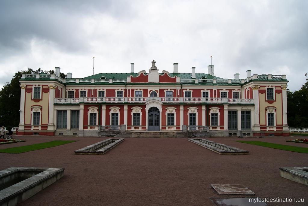 Estonia Palace