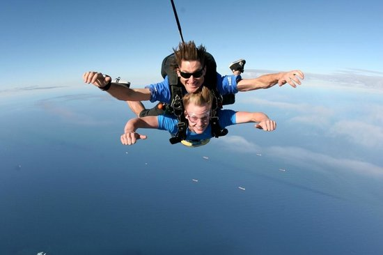 a great experience of sky diving