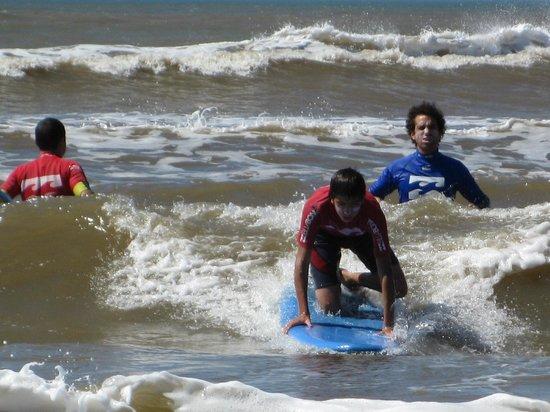 Uruguay Surfing