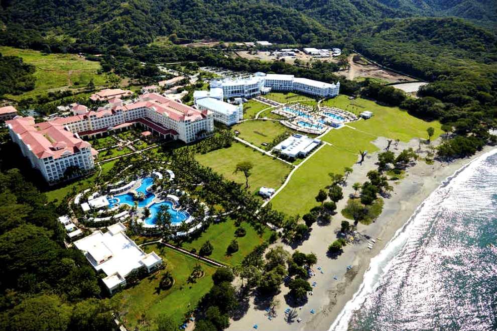 Costa Rica Palace