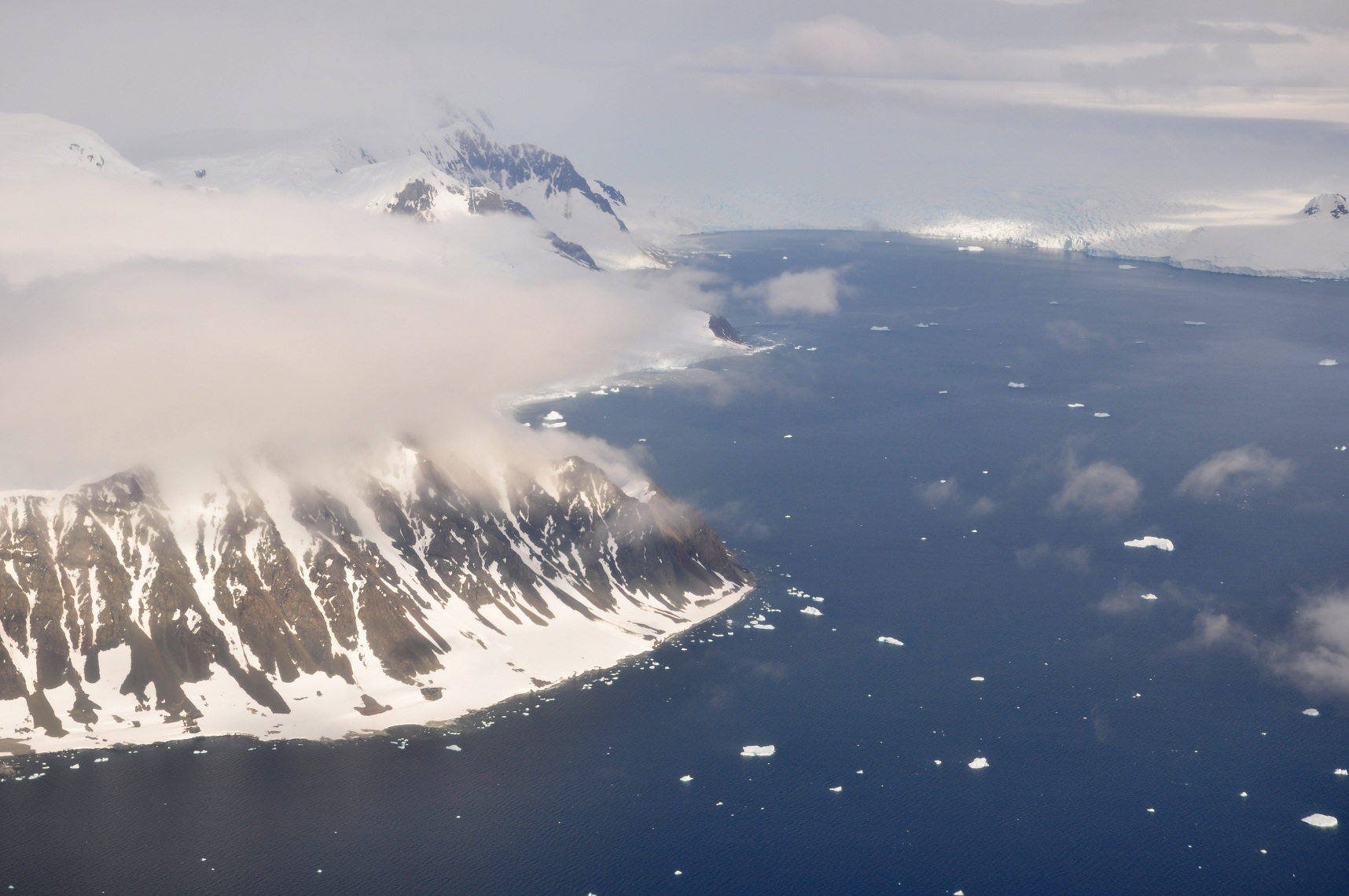 Antarctic Islands Sightseeing