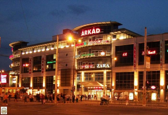Pécs Hungary Shopping