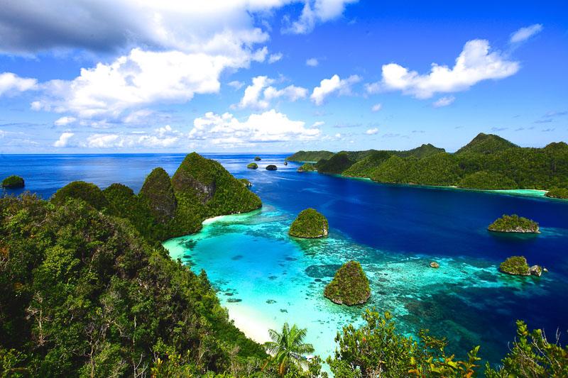 Raja Ampat Indonesia Kayak