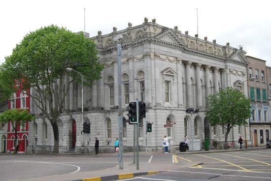 Cork Ireland Bus Tours