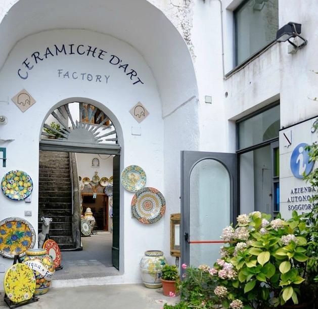 Amalfi Coast canada Shopping