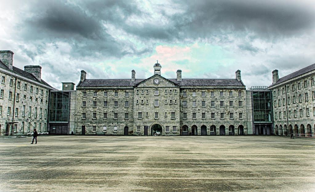 National Museum of Ireland - Decorative Arts & History Ireland Bus Tours