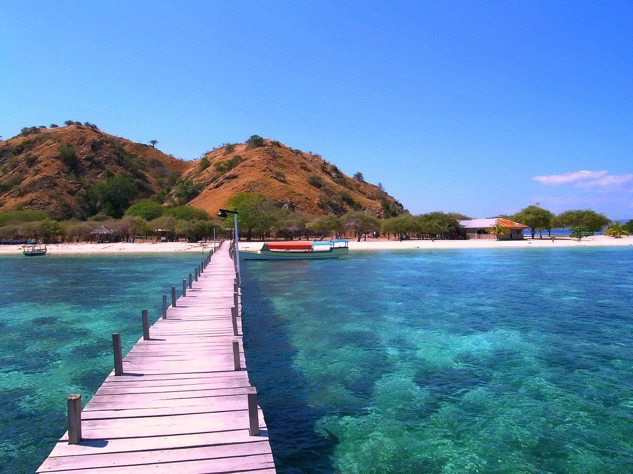 Labuan Bajo Indonesia Tours