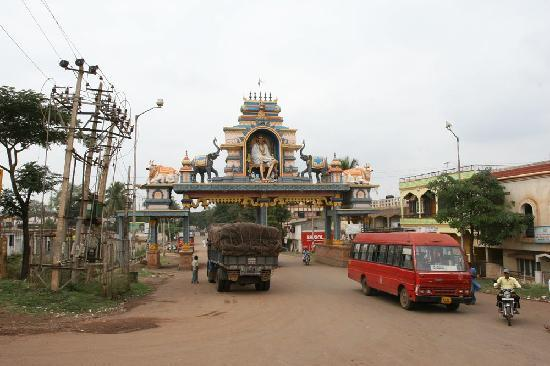Hubli-Dharwad India Bus Tours